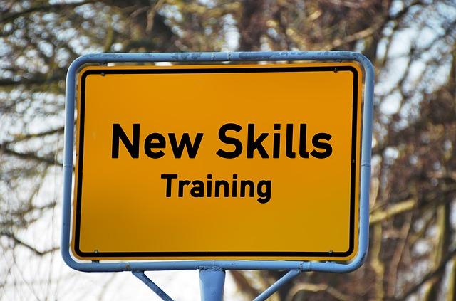 才能育成講座3級のプログラムをスタートします。