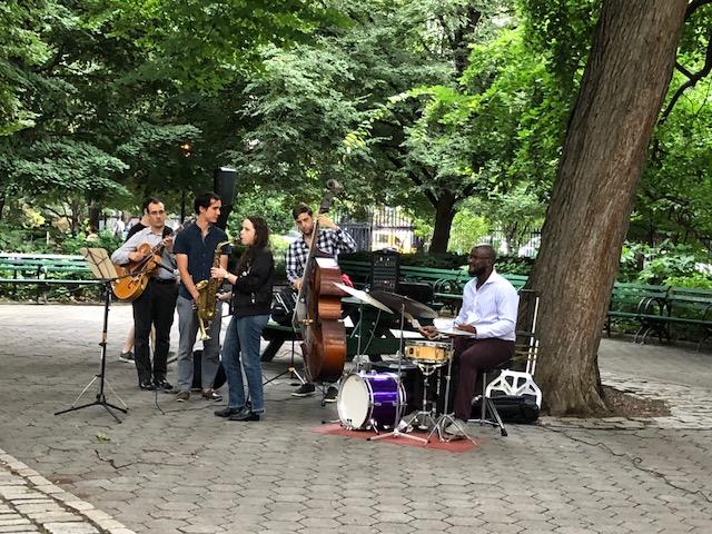 公園でまったりなジャズコンサート